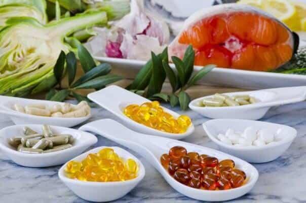 Nahrungsergänzungsmittel – Teuer aber sinnlos oder Retter in der Not?