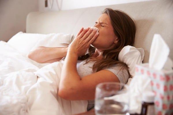 Schulmedizin, Tees & Hausmittel: Wie die Deutschen ihre Erkältungen auskurieren